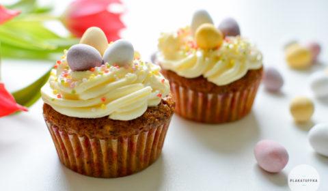 Wielkanocne marchewkowe muffinki