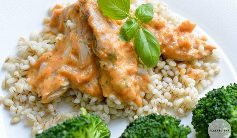 Potrawka z indyka w sosie marchewkowo-bazyliowym